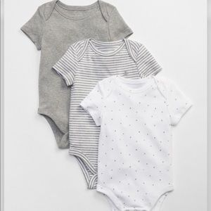 Baby Gap 3 Piece Short Sleeve Bodysuits 12-18mo